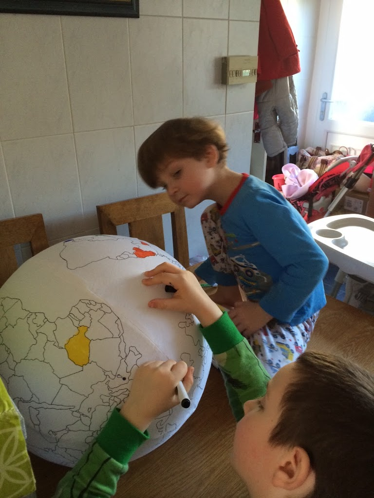 Colouring the Globe